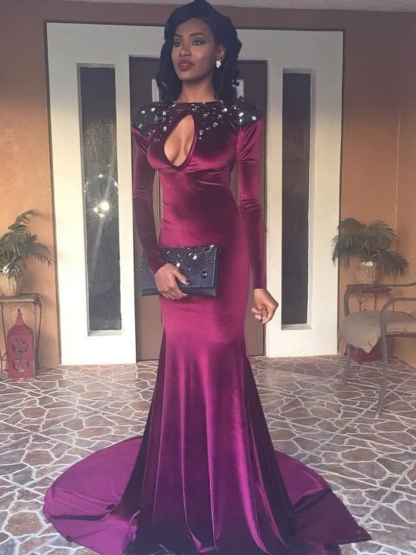 Trumpet/Mermaid Scoop Neck Velvet with Beading Prom Dresses #Favs020106146