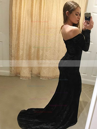 Trumpet/Mermaid Off-the-shoulder Velvet Prom Dresses #Favs020106147